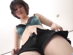 Guy gets orgasm with two Japanese bimbos