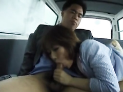 Hungry dude covets to sweet Asian chick in the car